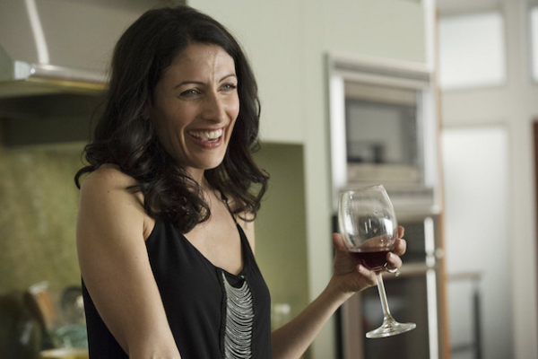 edelstein single women This, in perfect keeping with the premise of the show: abby (lisa edelstein), a self-help book author compelled to hide the fact that she's separated from her husband, starts to navigate her life as a single woman in her early 40s in los angeles.