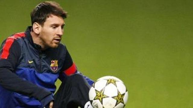 Liga - Messi back in full training