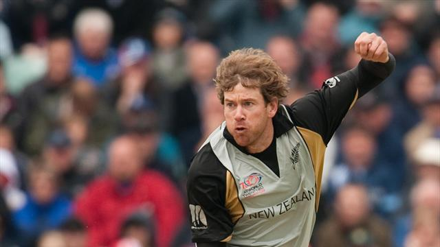 County - Oram signs for Worcestershire