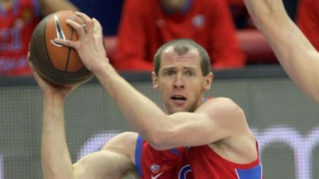 Basketball - CSKA Moscow reach Final Four as Efes force decider