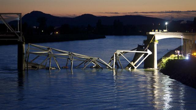DOT, NTSB puzzled on cause of bridge collapse