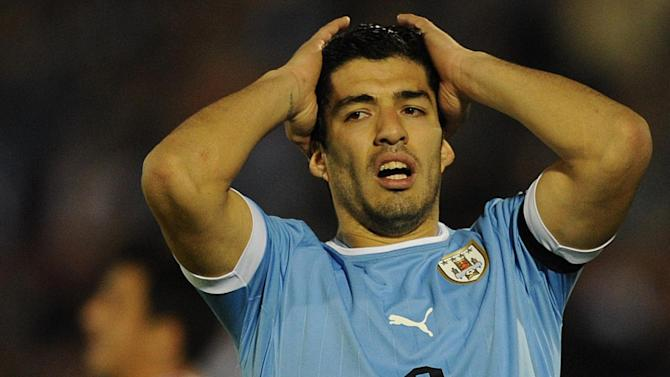 World Cup - Suarez vows to be ready for finals after surgery