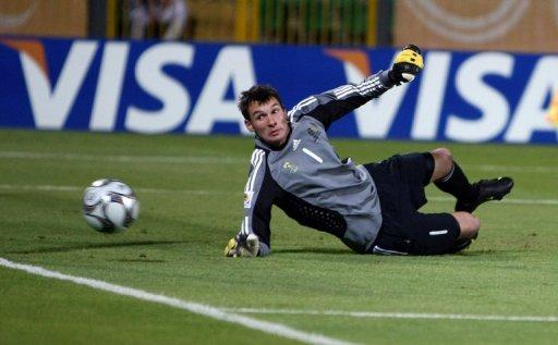 South Africa pick goalkeeper Keet for Zambia
