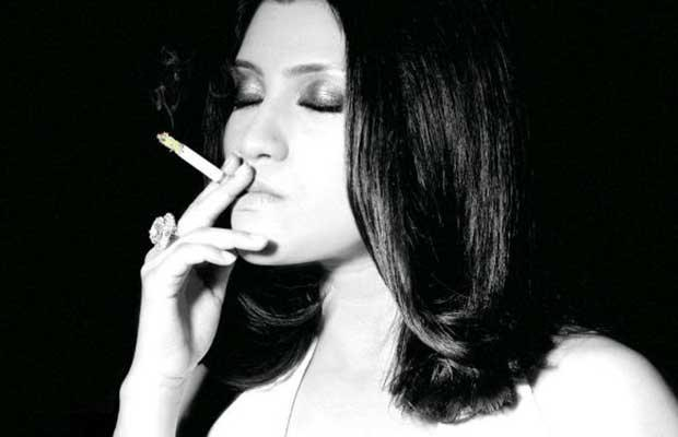 Bollywood Actresses Who Smoke In Real Life