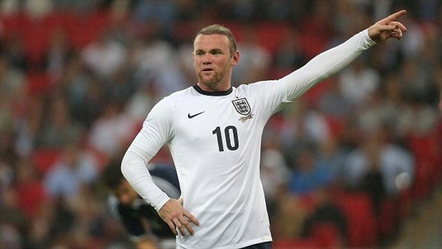 World Cup - Hodgson leaps to Rooney's defence