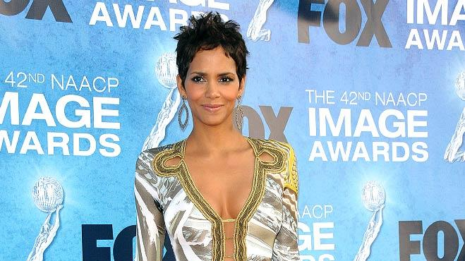 Halle Berry NAACP Awards