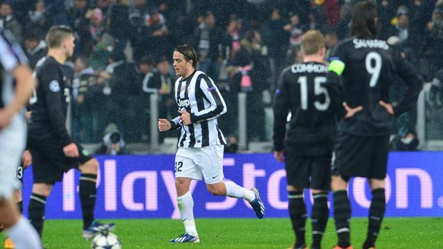Champions League - Juventus finish job on Celtic to advance