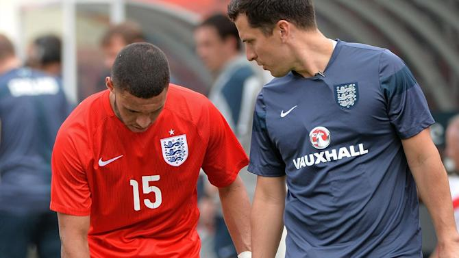 World Cup - Oxlade-Chamberlain will be fit for World Cup, says Hodgson
