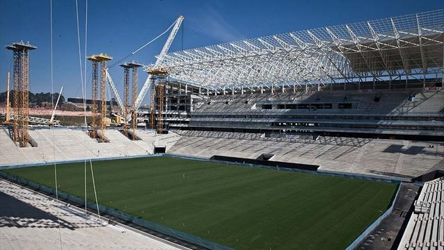 World Cup - FIFA says impasse resolved over Corinthians stadium