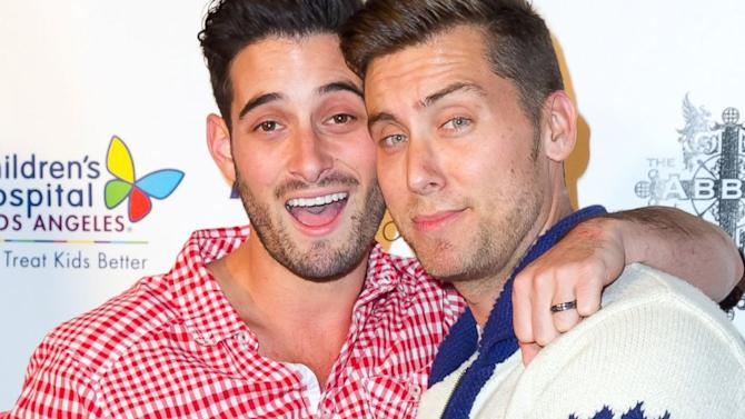Lance Bass Marries Michael Turchin