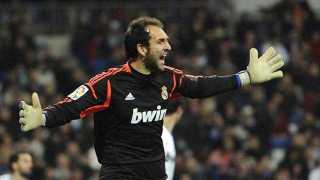 Champions League - Real Madrid sweat over Diego Lopez's fitness