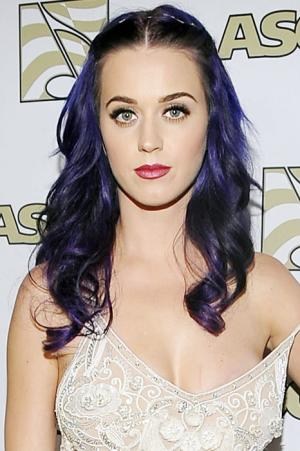 Katy Perry: I Broke Down in Tears Over Russell Brand During Tour