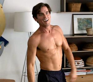 Matt Bomer Goes Shirtless, Does Ab Crunches on The New Normal