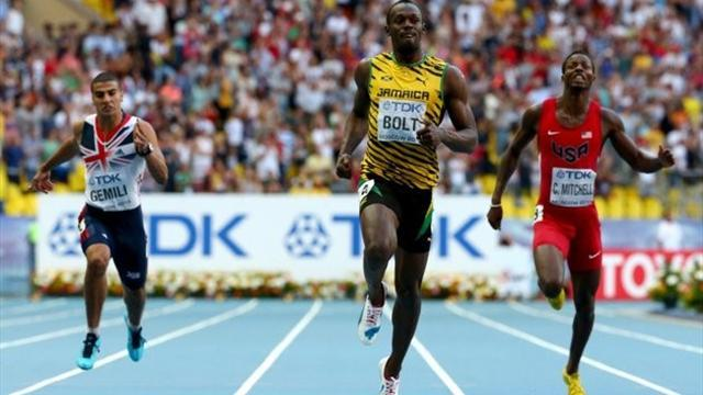 World Championships - Bolt storms to 200m gold in Moscow