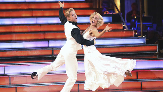 Derek Hough and Kellie Pickler (5/20/13)