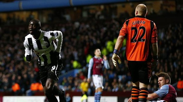 Newcastle United's Papiss Cisse (L) celebrates his goal against Aston Villa during their English Premier League soccer match at Villa Park in Birmingham, central England, January 29, 2013 (Reuters)