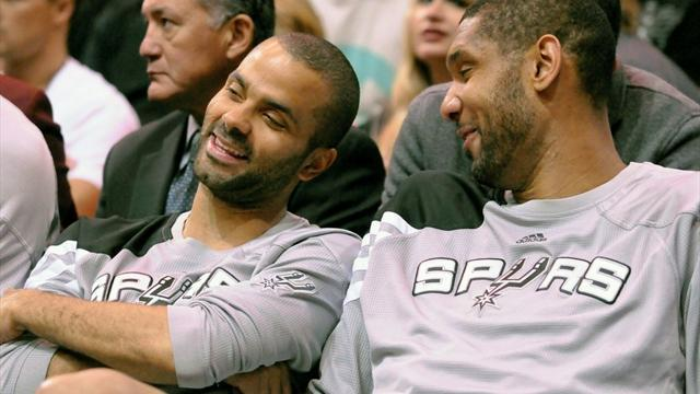 Basketball - Spurs fined $250,000 for resting top players