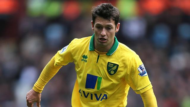 Premier League - Norwich City hold on to beat Stoke City