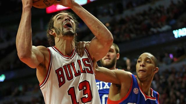 Basketball - Noah leads Bulls to victory