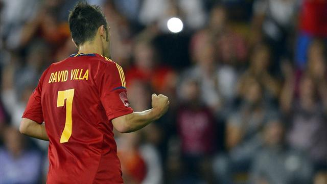 Villa boost for Spain as favourites begin defence