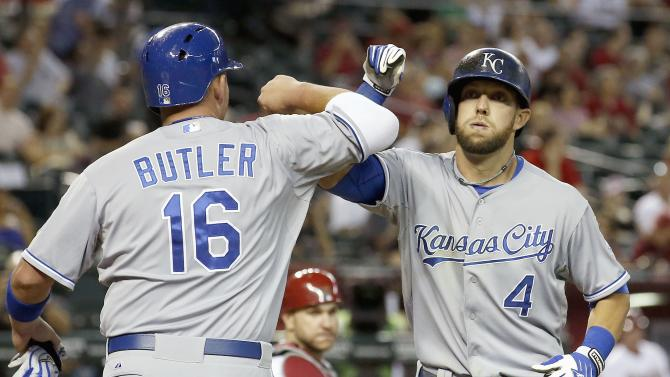 Guthrie pitches CG, KC completes sweep of D-Backs