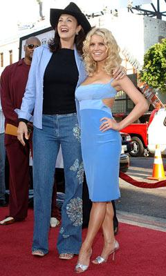 Premiere: Lynda Carter and Jessica Simpson at the Hollywood premiere of Warner Bros. Pictures' The Dukes of Hazzard - 7/28/2005