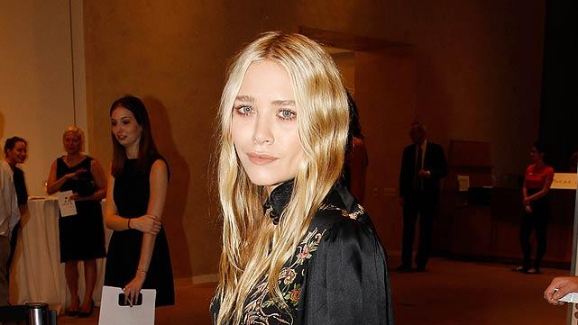 Mary Kate Olsen New York Academy Of Arts