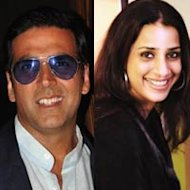 Co-producers Ashwini Yardi And Akshay Kumar To Make A Marathi Film