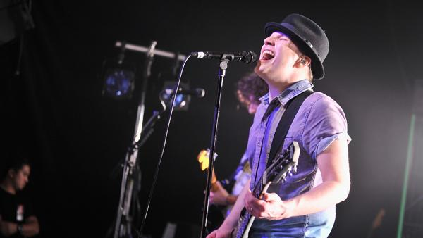 On the Charts: Can Fall Out Boy 'Save Rock and Roll'?