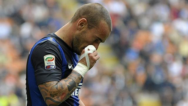 Serie A - Inter mull selling Sneijder amid contract row