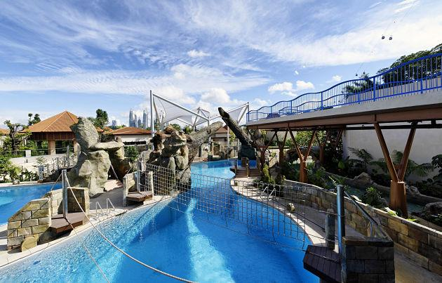Marine Life Park's Adventure Cove Waterpark's splashworks. (Photo courtesy of Resorts World Sentosa)