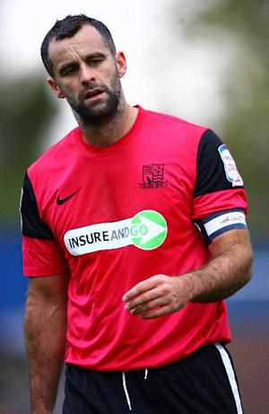 Southend captain Chris Barker is staying at Roots Hall