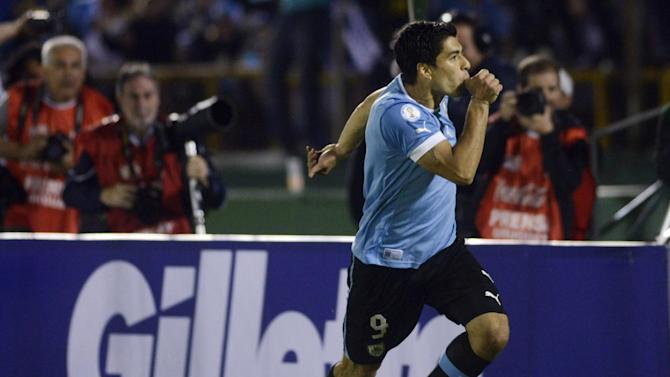World Cup - Uruguay's Suarez won't start against Costa Rica