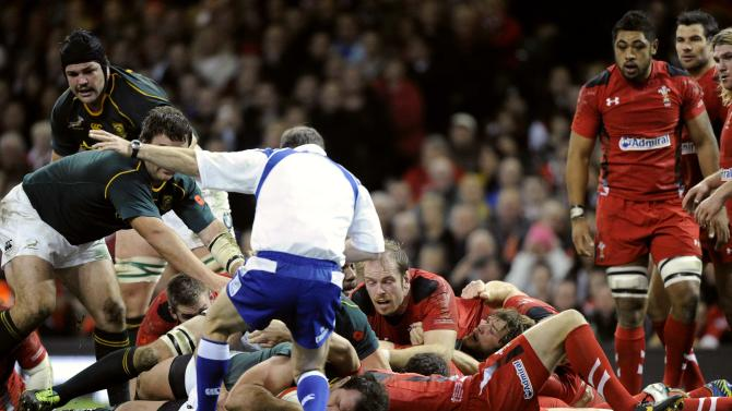 South Africa's Bismarck Du Plessis scores a try against Wales during the international rugby union match at the Millennium Stadium in Cardiff