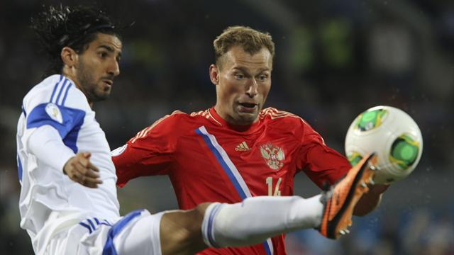 World Cup - Russia top group with win over Israel