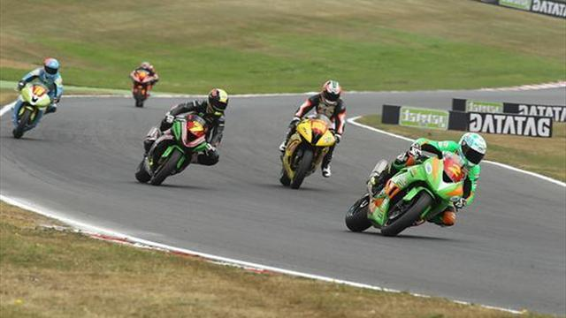 Superbikes - Oulton BSB: Hedger takes Superstock 600 win
