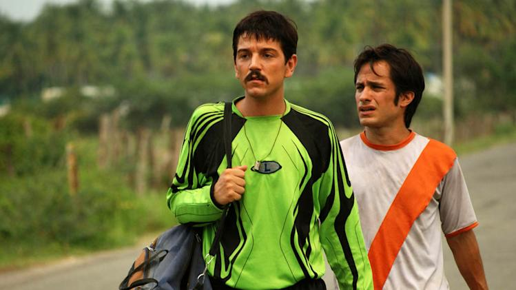 Diego Luna Gael Garcia Bernal Rudo y Cursi Production Stills Sony Pictures Classics 2009
