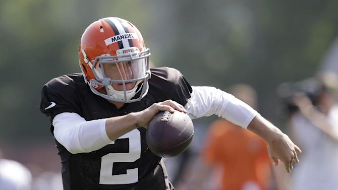 Hoyer again with Browns starters