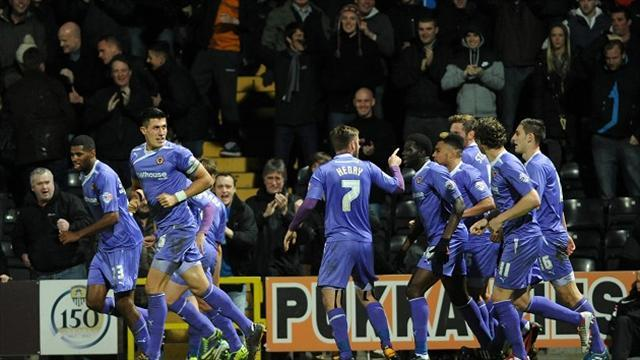 League One - Wolves capitalise on Orient slip-up to go top