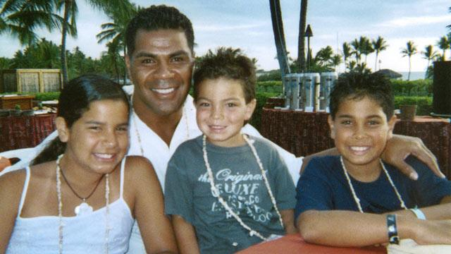 Junior Seau Diagnosed With Disease Caused by Hits to Head: Exclusive