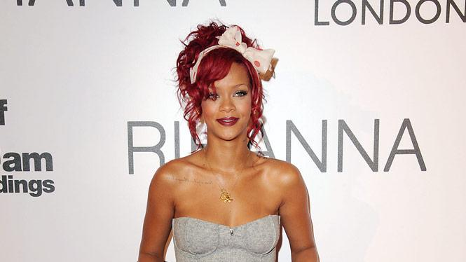 Rihanna Xmas Light Ceremony