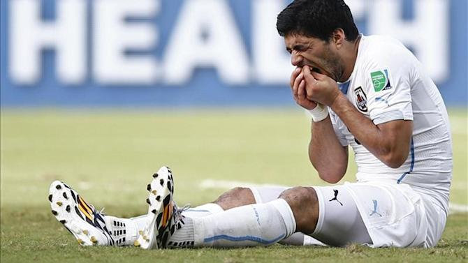 Liga - Barca icon Zubizarreta defends Luis Suarez over biting scandal