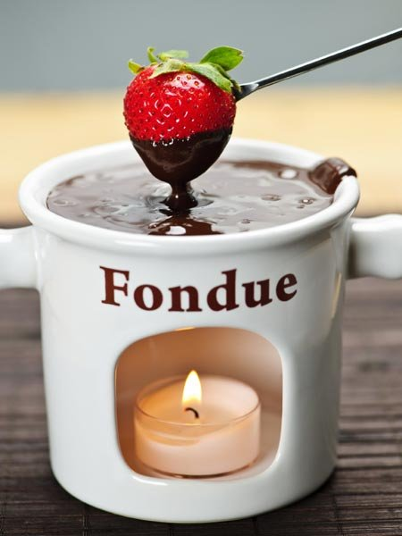Recipe: Share the Love Over Chocolate Fondue! - Yahoo Lifestyle India