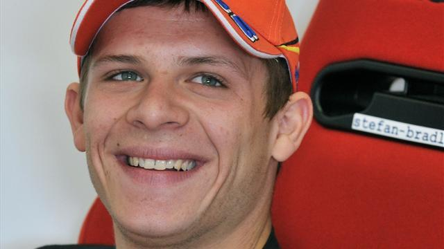 Motorcycling - Bradl signs new deal with HRC and LCR