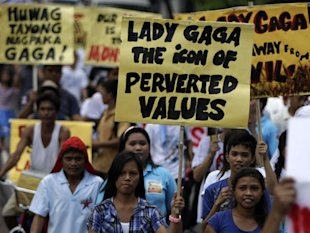 Lady Gaga Launches Her Own Protest in the Philippines – And Could Now Face Arrest