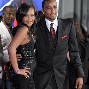 Bobbi Kristina put back into coma