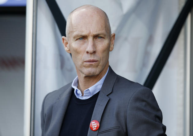 Swansea City manager Bob Bradley before the match