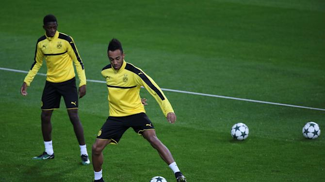 Football Soccer - Borussia Dortmund training
