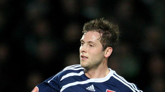 Football - Duo strike late in Dundee defeat