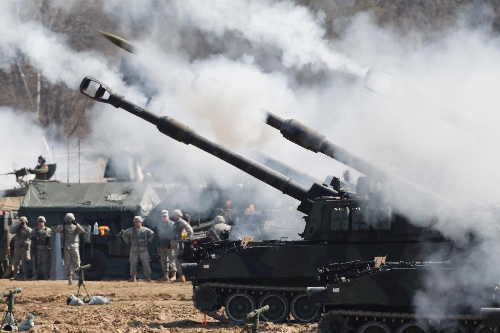 N. Korea fires missiles in anger at South-US military drills